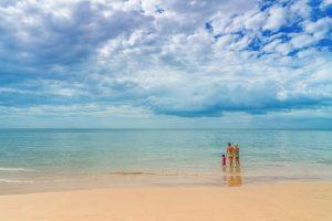 beach-2090067_640